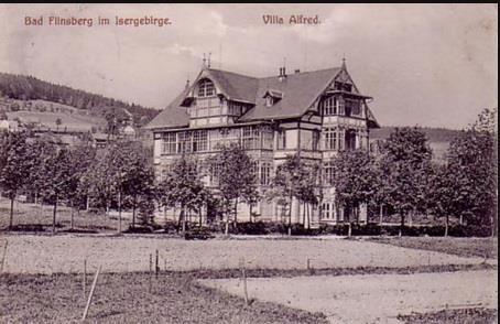 1909 Villa Alfred, Wacław