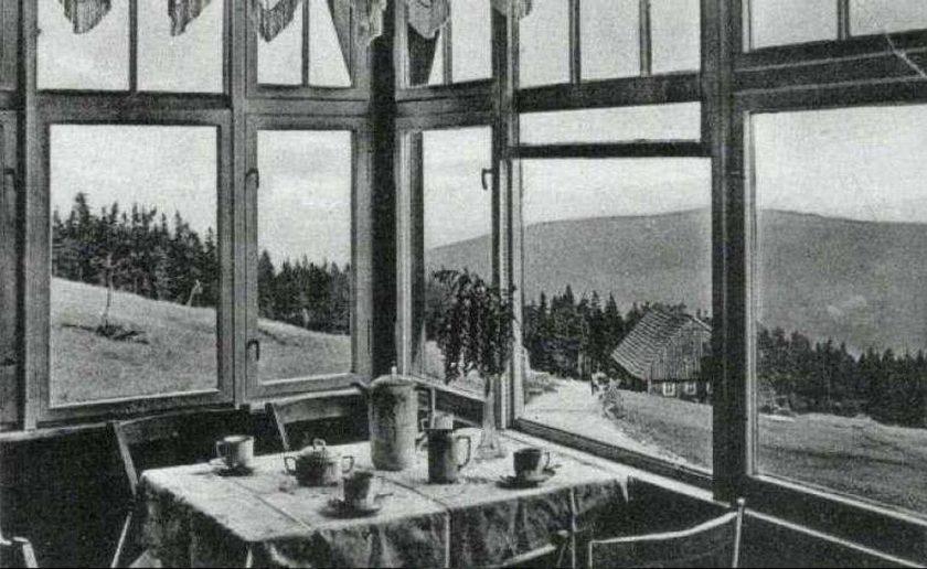 1920-1930 iserkammbaude schronisko widok z werandy